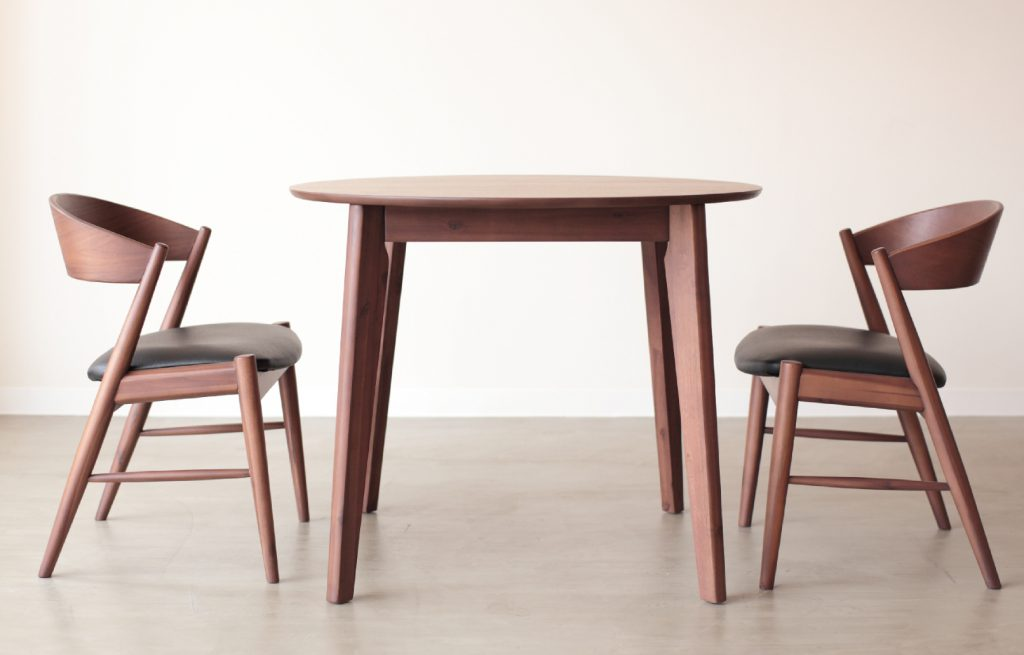 DINING TABLE KLEIN
