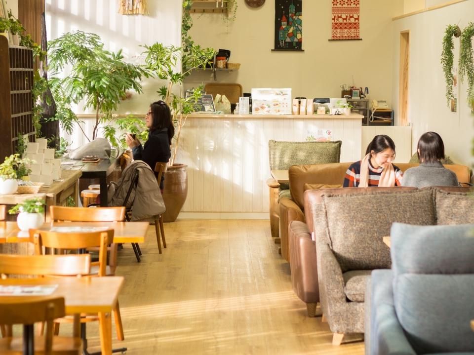 オズ新下関店の店内に「OZ Cafe」がOPEN!11:00~18:00(L.O.17:30) イメージ