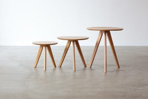 SIDE TABLE TROIS