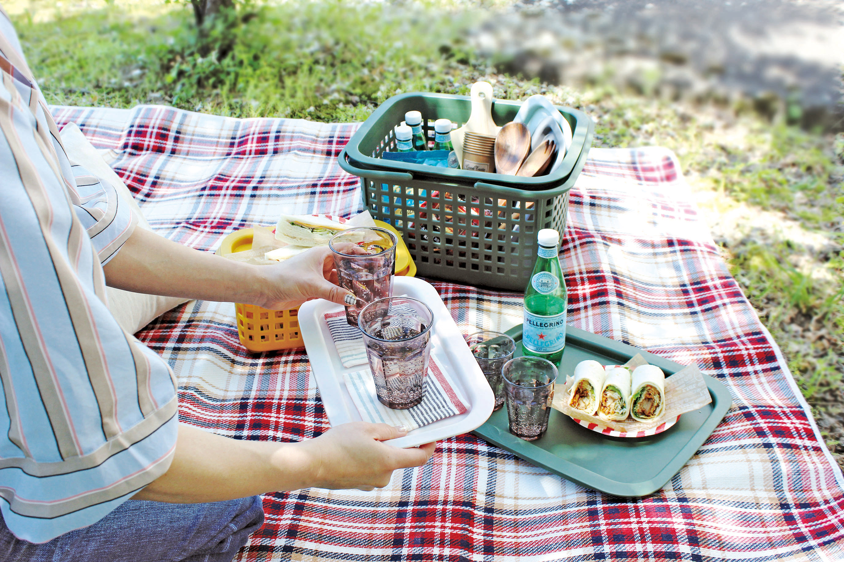 ピクニックに行きたくなるCESTINO BASKET&COVERCHIO イメージ