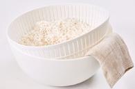 ふっくらお米が炊ける米とぎにも使えるザルとボウル