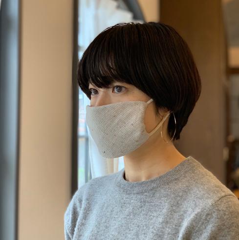くつ下のわっかとハンカチで縫わずにできる簡易マスク イメージ
